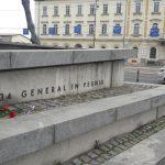 Spomenik generala Maistra na Trgu OF V Ljubljani